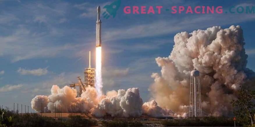Falcon Heavy-Rakete bereitet sich auf zweiten Flug im März vor