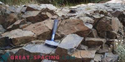 Die Kristalle bestimmen die Zeit des Meteoriteneinschlags.