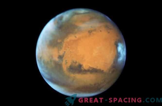 Wissenschaftler versuchen seltsame Blitze auf dem Mars zu erklären