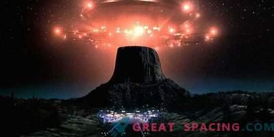 Ufologen nennen Betty und Barney Hill das erste Paar, das von einem außerirdischen Schiff gestohlen wurde.
