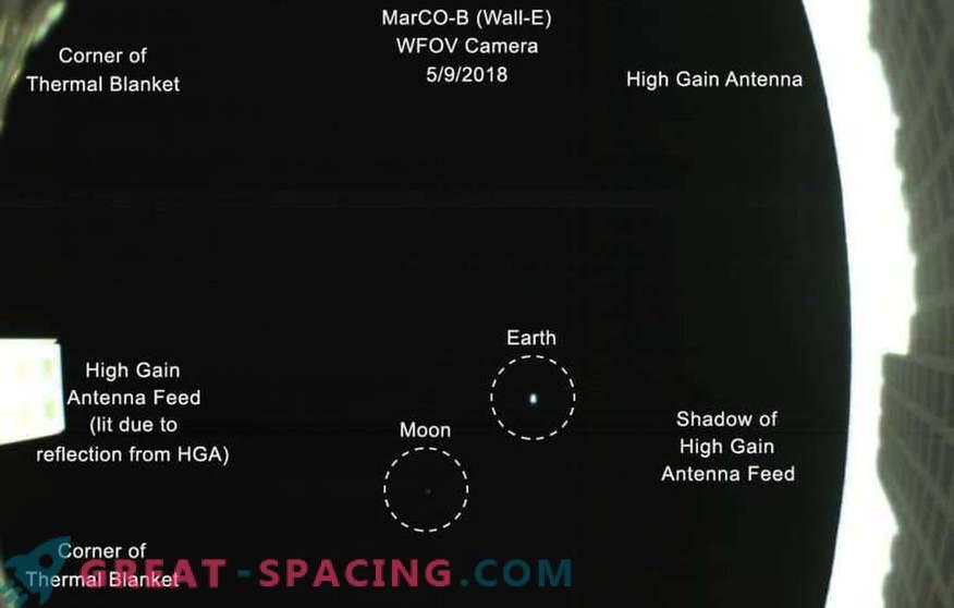 Ein hellblauer Punkt in der CubeSat-Überprüfung.