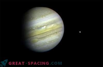 Ein Weltraumstein stürzte gegen Jupiter