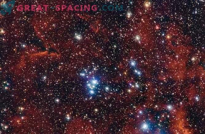 Rot, Weiß und Blau: Feiertagscluster von Sternhaufen