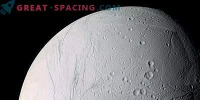 Saturns Satellit Enceladus könnte überrollen