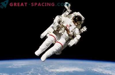 Spektakulärer Weltraumspaziergang auf der Raumstation: Foto