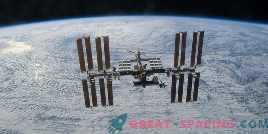 Luftdruck der Raumstation nach Leck wiederhergestellt