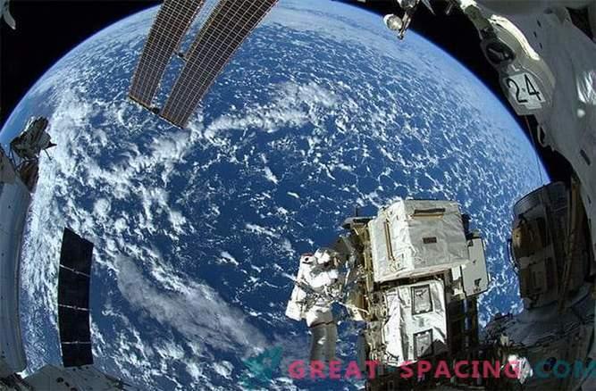 Atemberaubende Aussicht von der Raumstation.