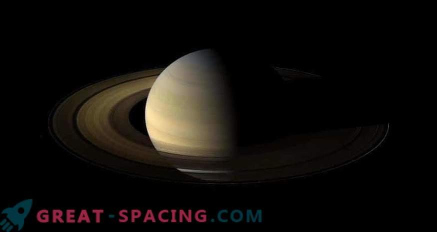 Cassini beobachtet die Sonnenwende