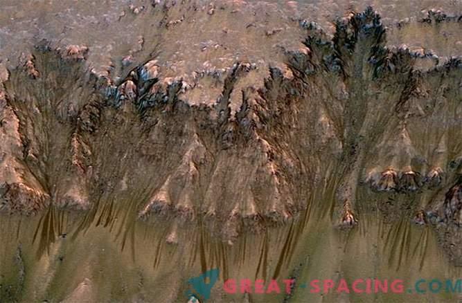 Als flüssiges Wasser auf dem Mars floss