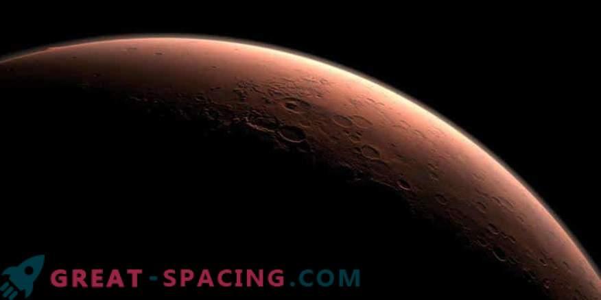 Die Annäherung des Mars an die Erde in 15 Jahren