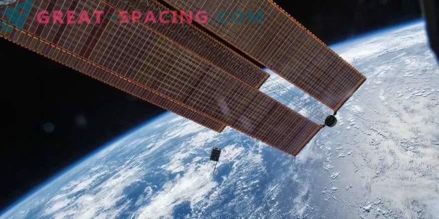 Blick auf den Dellingr-Apparat von der ISS