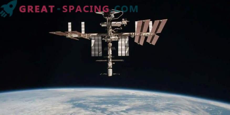 Mutationen von Bakterien auf der ISS: Besteht eine Gefahr für Astronauten?