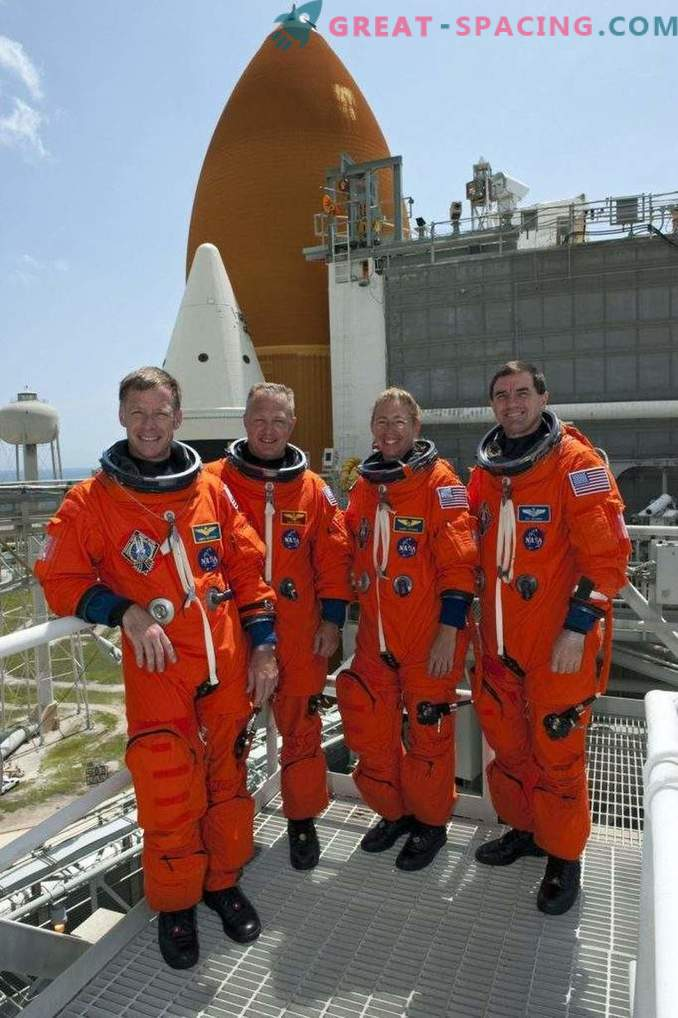 Boeing demonstriert verlockende Raumanzüge für Astronauten