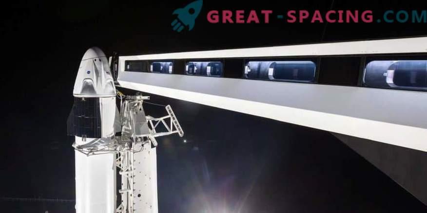 Erste SpaceX-Crew auf der Startrampe
