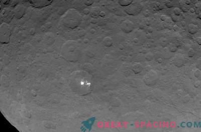 Mystische Flecken auf Ceres sind die Reflexion des Lichts vom Eis.