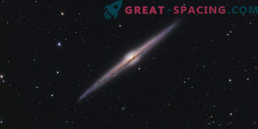 Ungewöhnlicher Donut in der Galaxie NGC 6109