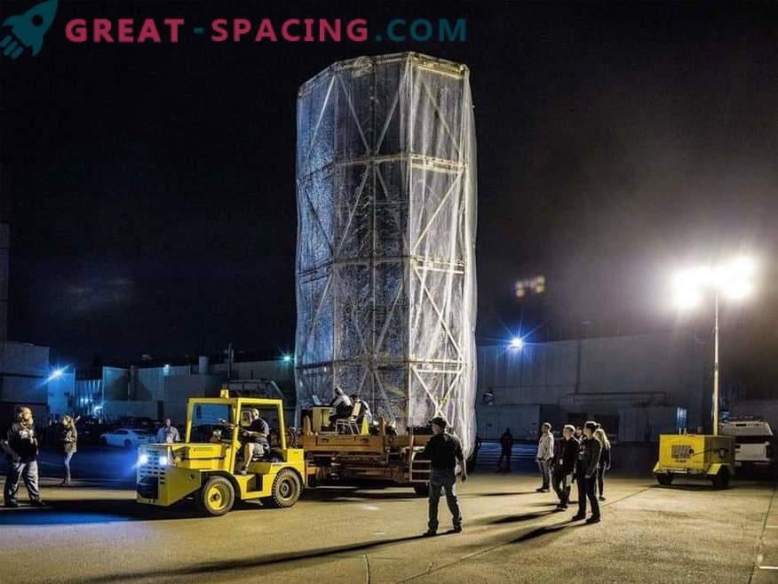 Teleskop von James Webb in einem mobilen Sterilraum